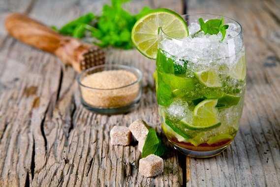 Напиток из лимона, имбиря и мяты - 6 пошаговых фото в рецепте