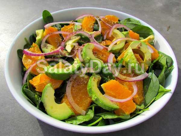 Салат с авокадо и курицей: рецепты, способы приготовления. Варианты блюда с томатами, фасолью, оливками и зеленью. Подготовка ингредиентов.
