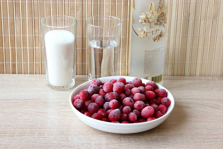 Домашняя настойка на клюкве    домашний алкоголь - самогоноварение, рецепты настоек, водки