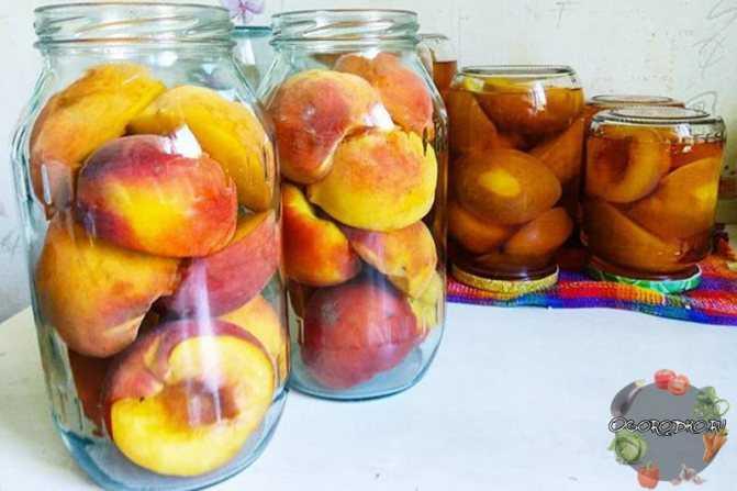 Компот из яблок и персиков на зиму: 3 простых пошаговых рецепта приготовления