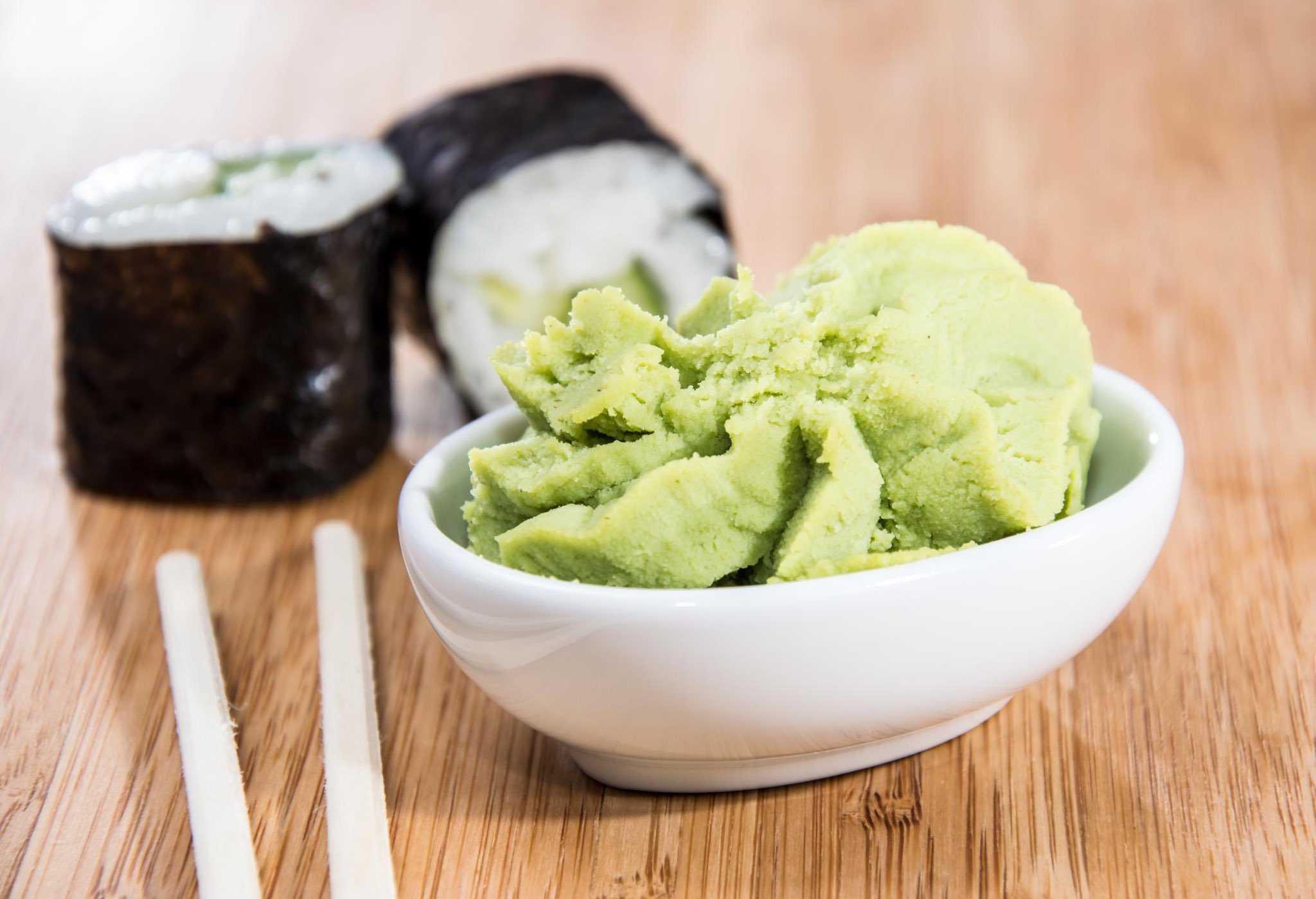 Как сделать салат суши: пошаговые рецепты приготовления слоями и классический с фото и видео