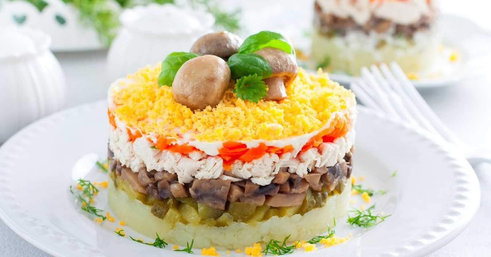Салат курочка ряба с курицей и грибами – нежное вкусное блюдо: рецепт с фото и видео