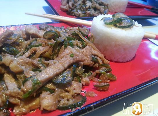 Салат из огурцов с мясом по-корейски: рецепты с фото и видео