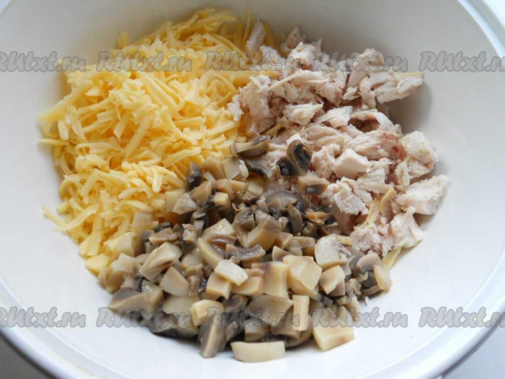 Осенние грибные салаты с лисичками: 8 рецептов, варианты оформления