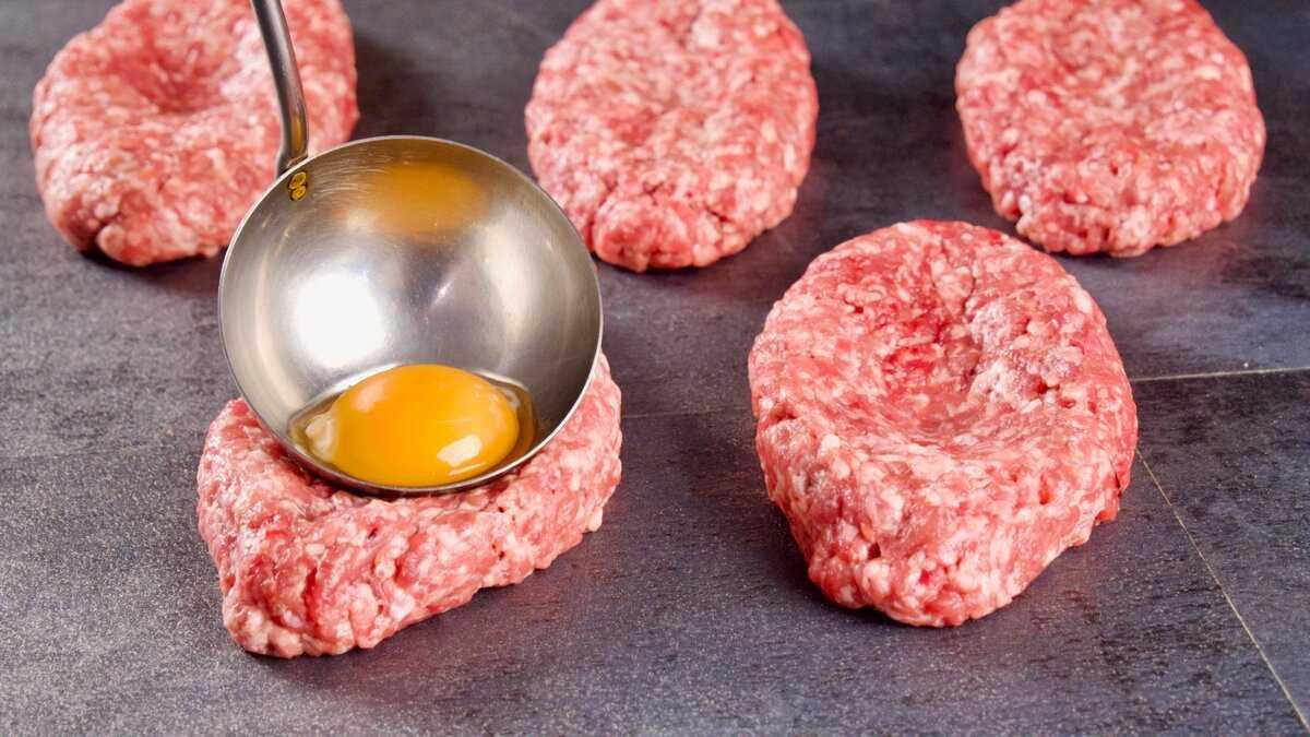 Детский салат «ёжик»: подборка рецептов от мясного до фруктового