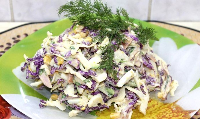 Зимний салат оливье — домашние рецепты праздничного классического салата