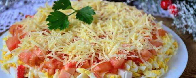 Салат с курицей, крабовыми палочками и кукурузой - 8 пошаговых фото в рецепте