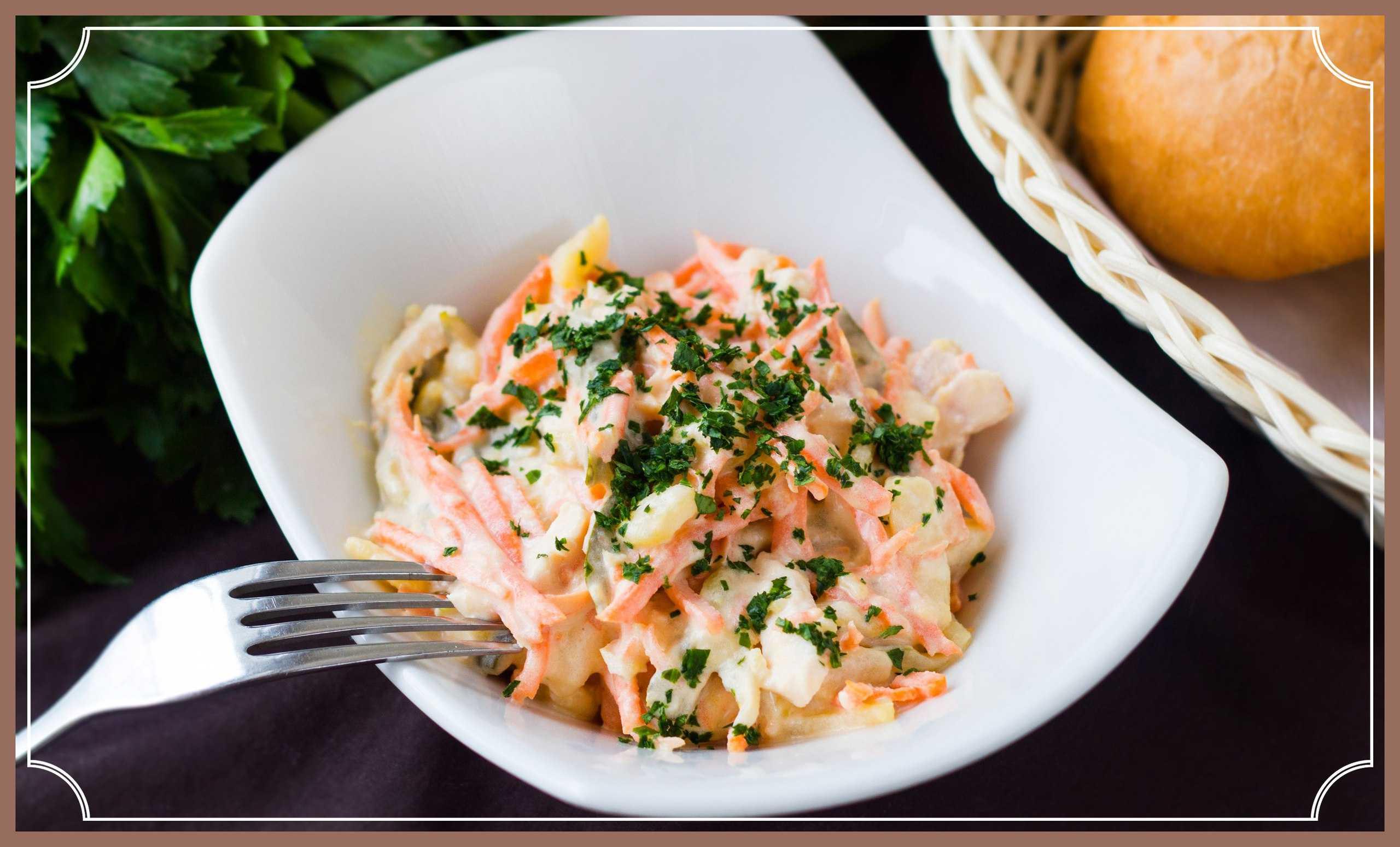 Удивите гостей необычным салатом с селедкой и грибами «лисья шубка»