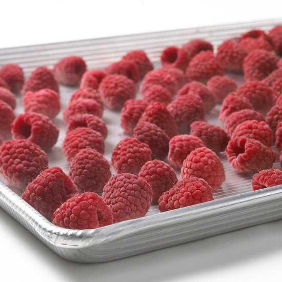 Ягодная свежесть: витамины из морозилки. замороженные ягоды: витамины и правила разморозки