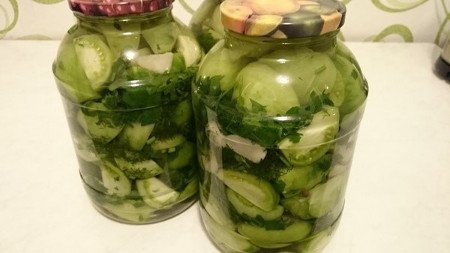 Салат из зеленых помидор пальчики оближешь на зиму и 15 похожих рецептов: фото, калорийность, отзывы - 1000.menu