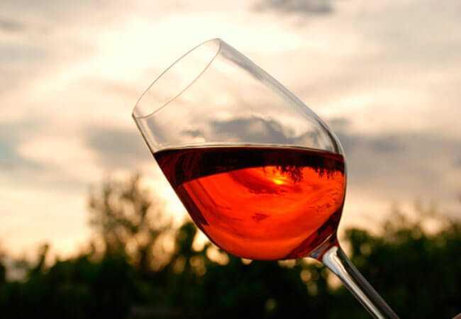 Вино из брусники в домашних условиях: простойрецепт