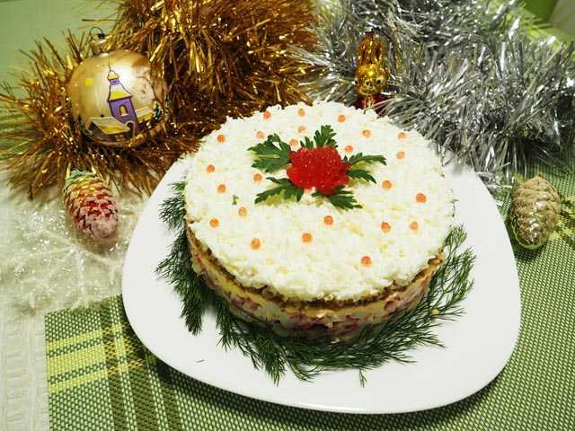 Новогодний салат часы рецепт с фото пошагово - 1000.menu