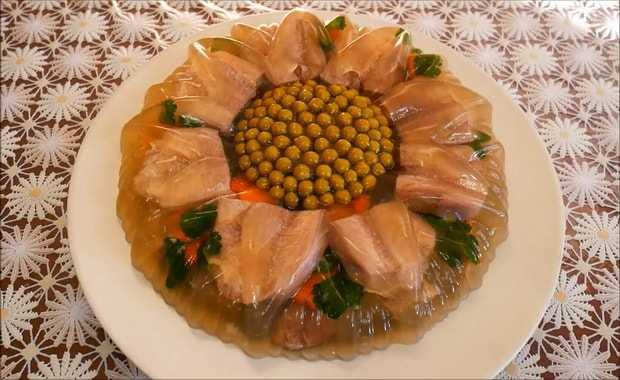 Заливное из говяжьего языка с желатином: рецепт с фото пошагово