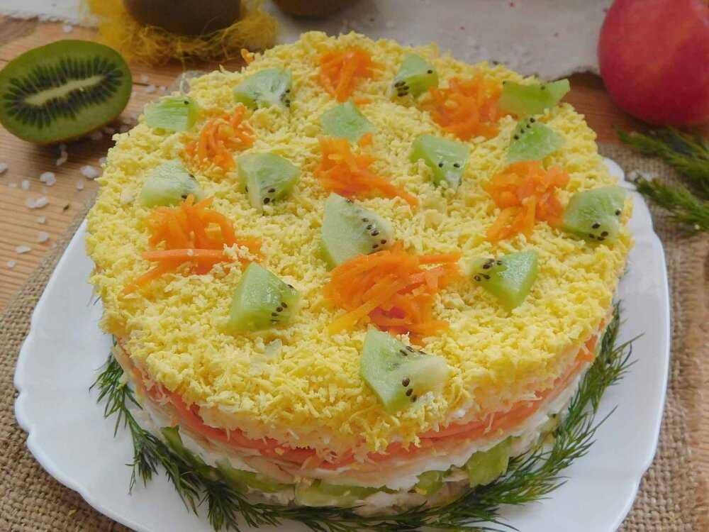 Салат малахитовый браслет - 8 рецептов с киви, курицей, сыром