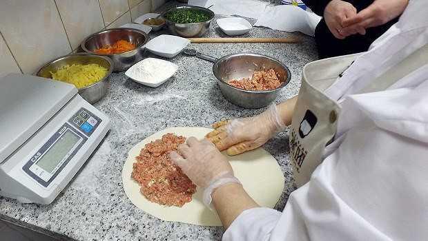 Чуду из мяса. дагестанское чуду с мясом на сковороде