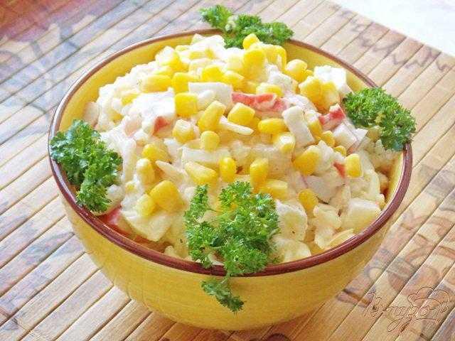 Вкусные рецепты салата с ананасом и крабовыми палочками