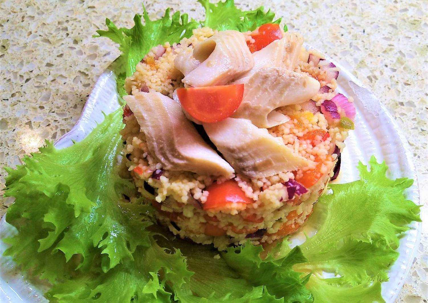 Салат с вареным лососем - 8 пошаговых фото в рецепте