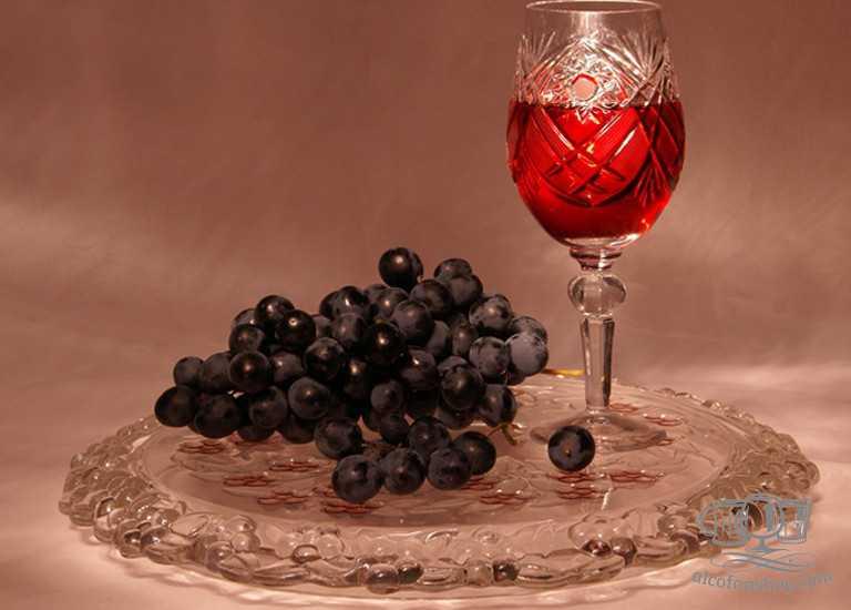Простой рецепт домашнего вина из винограда сорта изабелла