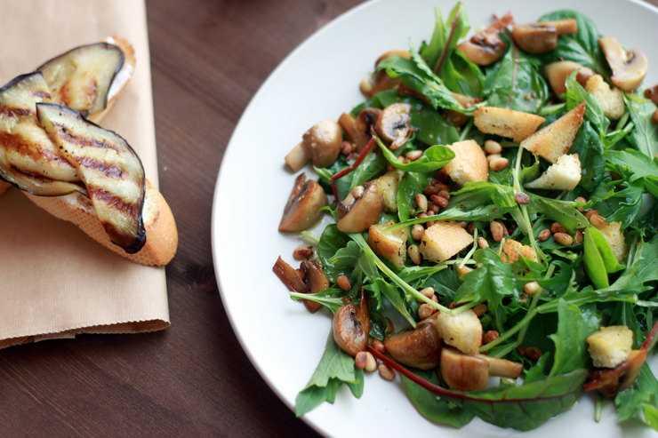 Как приготовить постный салат с шампиньонами, рецепт