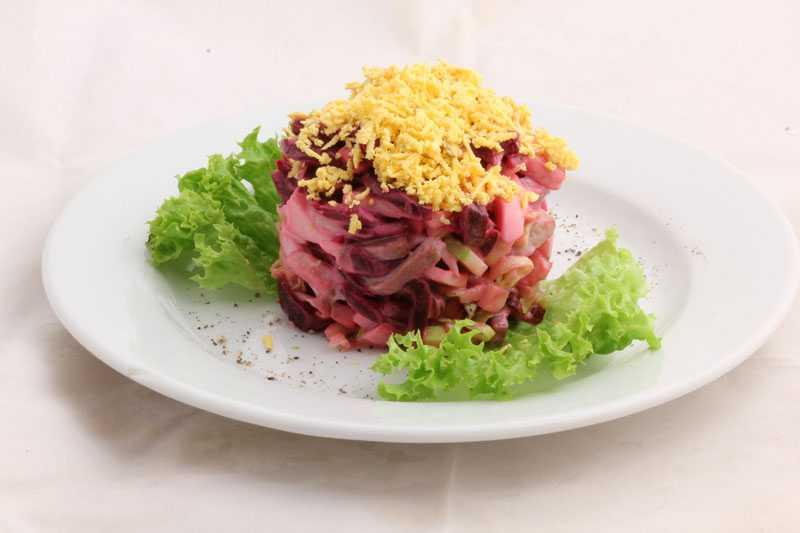 Салаты из говядины на новый год 2021: рецепты с фото, простые и вкусные (видео, самое новое и интересное)