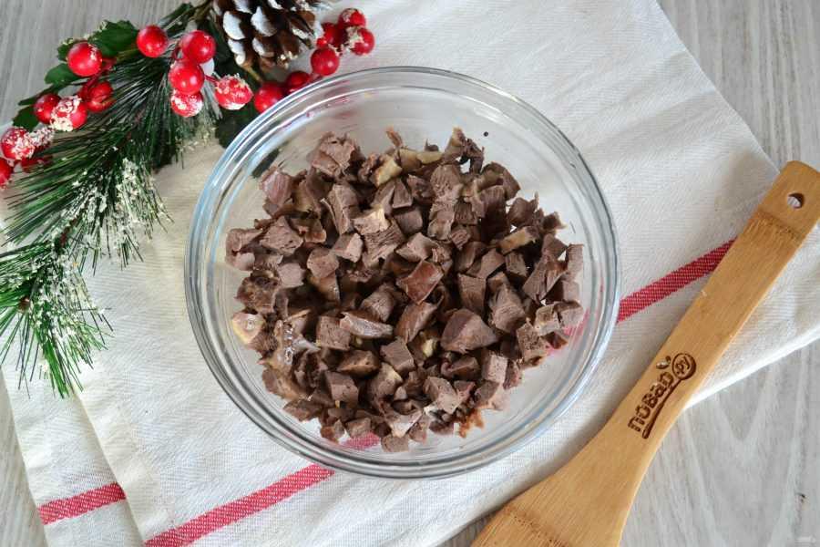 Салат из свиного сердца, 10 лучших рецептов с фотографиями