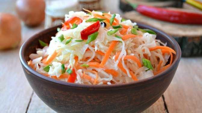 5 вкуснейших рецептов капусты со свеклой: маринуем быстро с уксусом