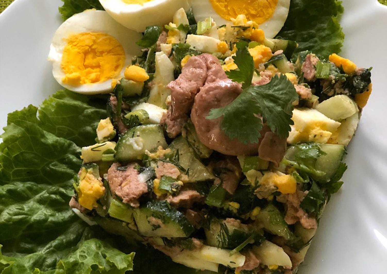 Салат с печенью трески – 9 рецептов + видео