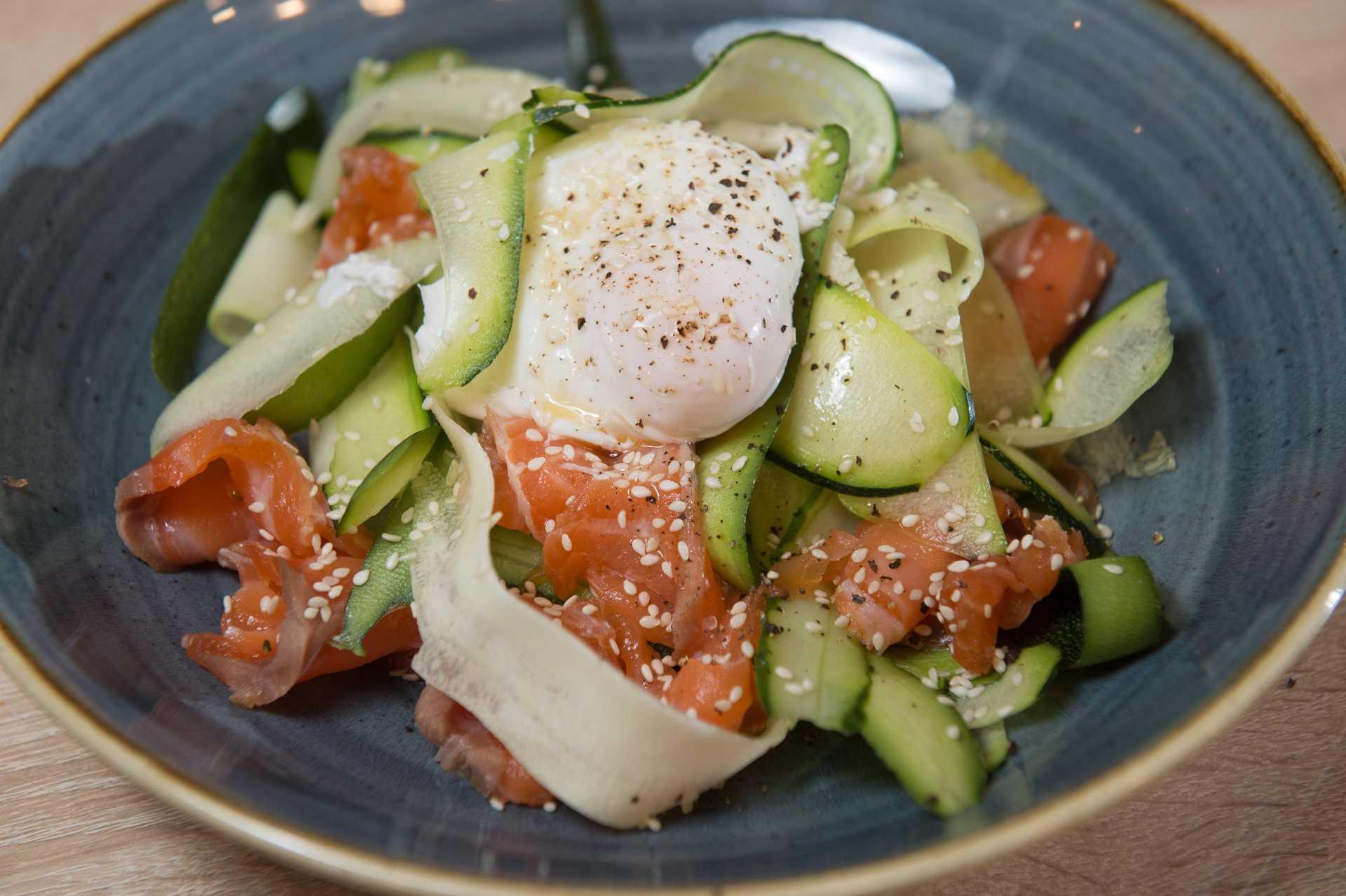 Салат с омлетом классический рецепт с фото