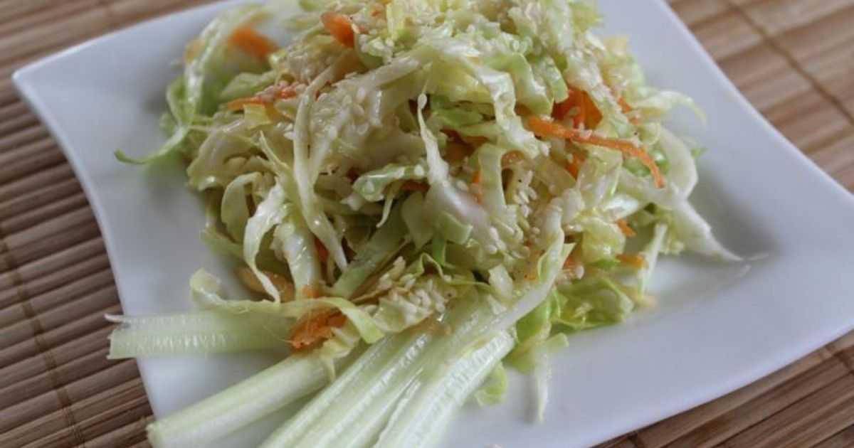 Салат с сельдереем и яблоком – 7 рецептов вкусного и полезного салата