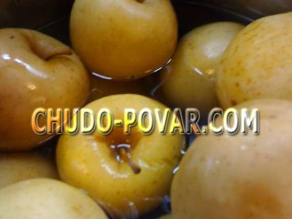 Моченые яблоки: рецепты в домашних условиях на зиму, простые в ведре