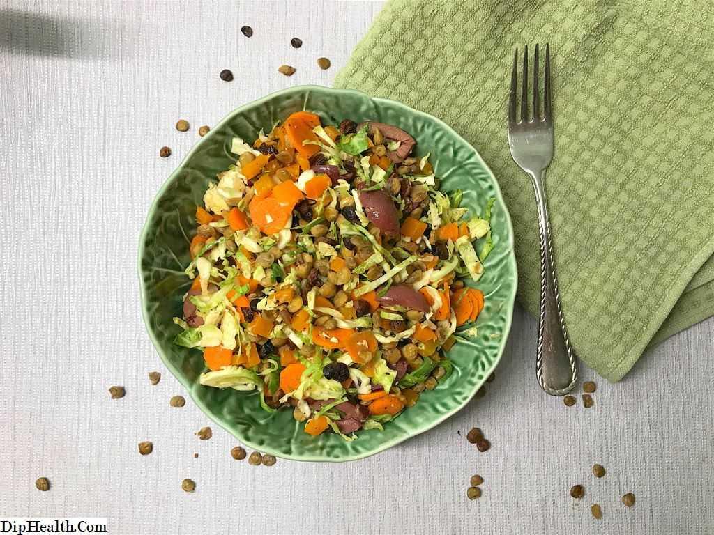 Салат из черной чечевицы с зеленью