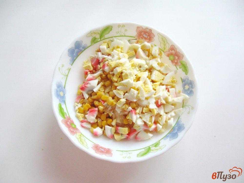 Салат крабовый с ананасом рецепт с фото пошагово - 1000.menu