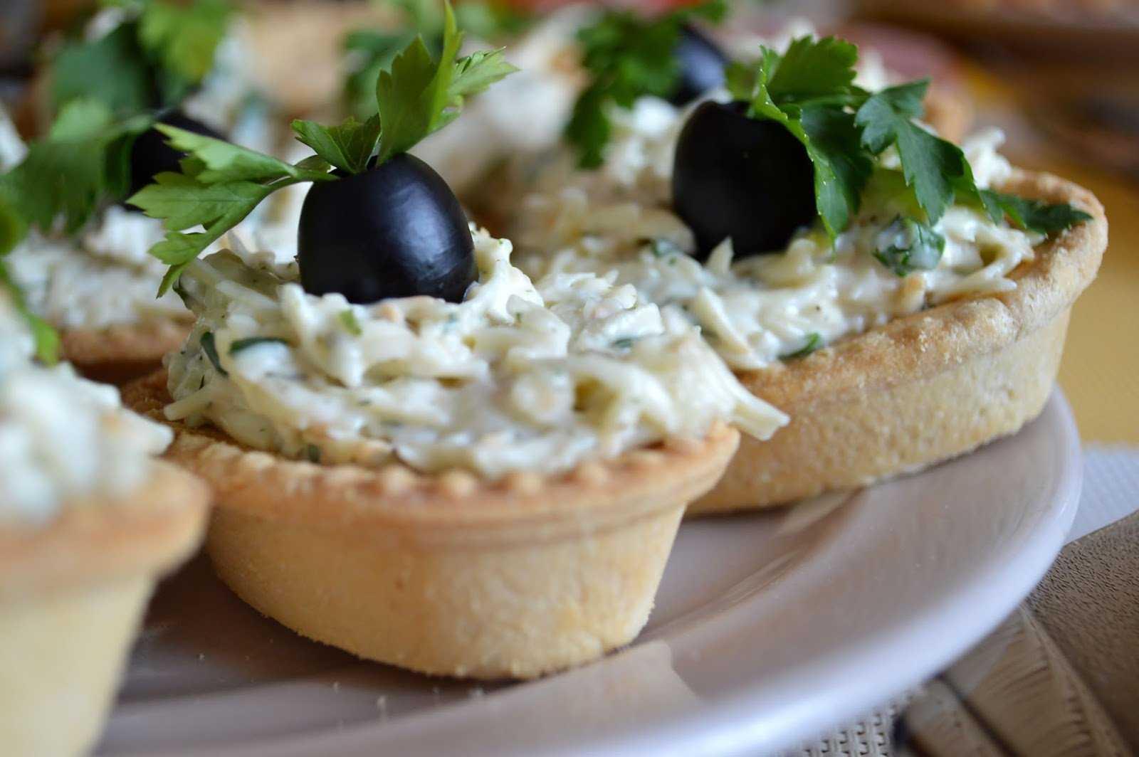 Салат с плавленным сыром - 85 рецептов приготовления пошагово - 1000.menu