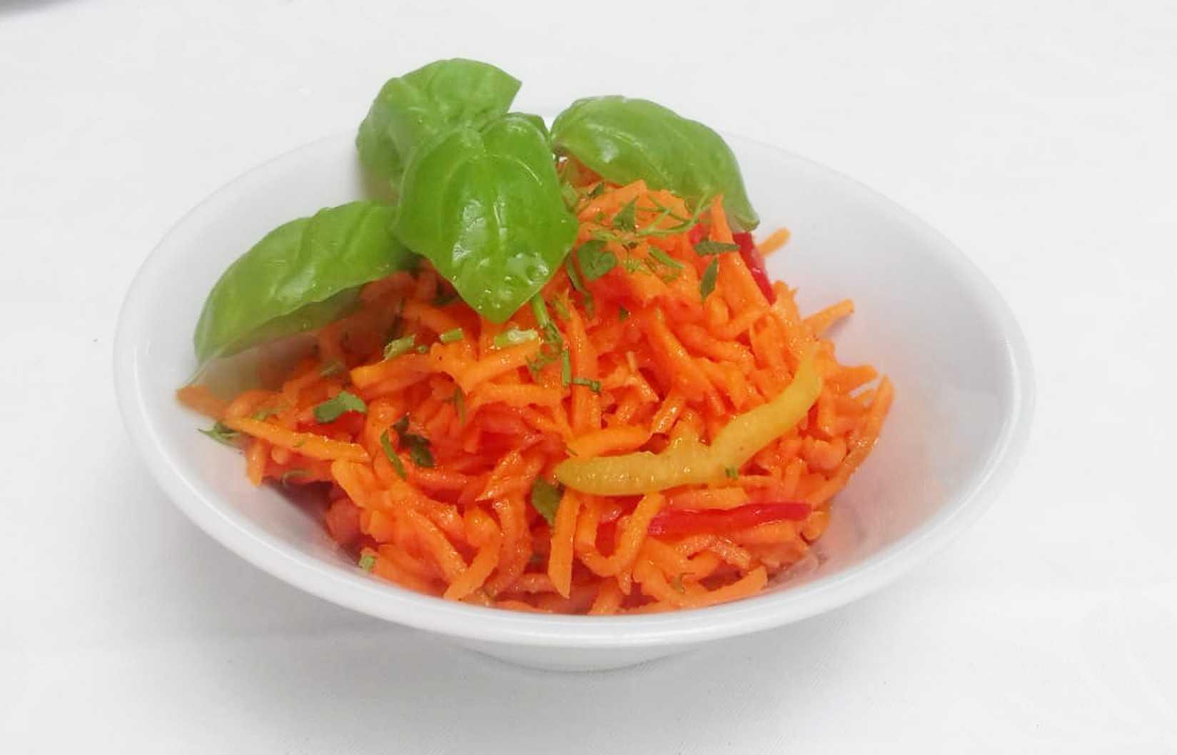 Салат с корейской морковкой - рецепты с фото. вкусные салаты с морковкой по-корейски
