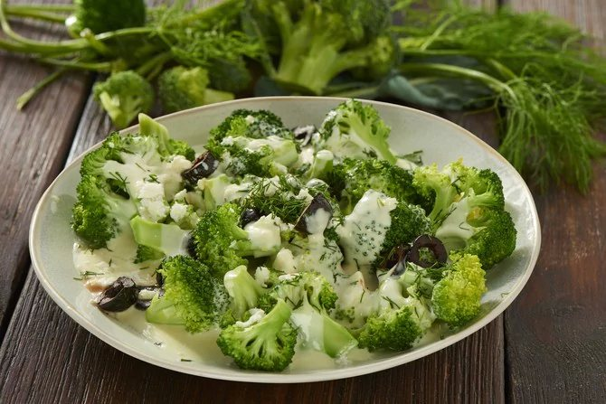 Салат с брокколи: рецепты с фото пошагово