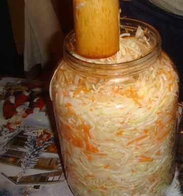 Квашеная капуста на зиму — 10 классических рецептов с морковью, яблоками, клюквой и хреном   ivanovo portal