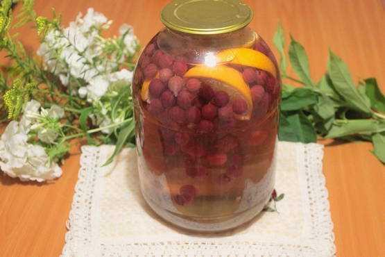 Компот из крыжовника на зиму: 5 рецептов на 3-литровую банку
