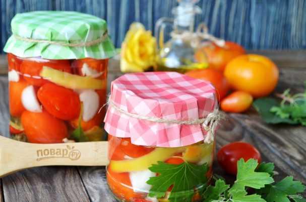 Салат из зелёных помидоров с болгарским перцем на зиму