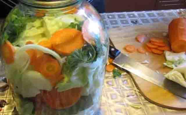 Огурцы в кетчупе чили на зиму в литровых банках без стерилизации