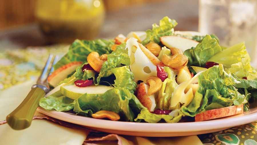 """Салат """"вальдорф"""" - легендарное блюдо и лучшие рецепты от шеф-поваров!"""