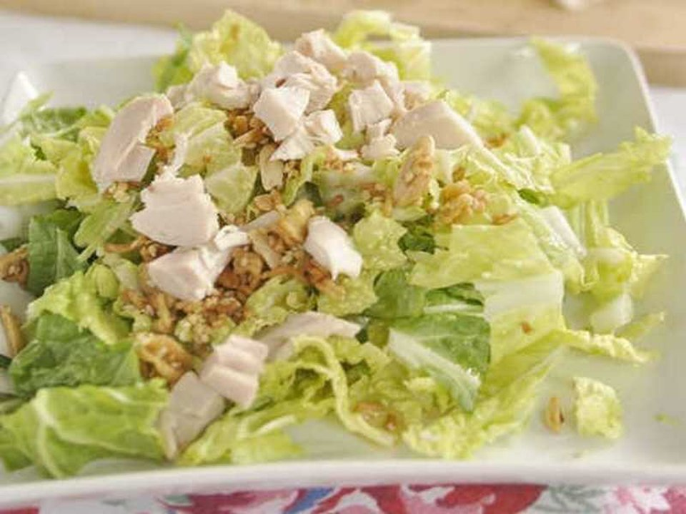 Салат из пекинской капусты с курицей. 7 вкусных рецептов к празднику и на каждый день