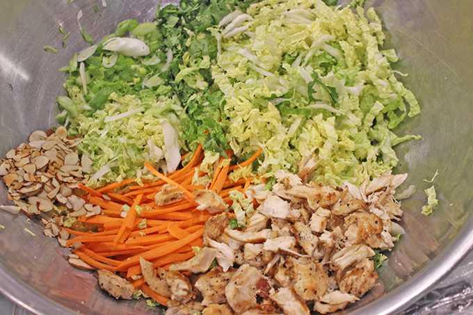 Салат с пекинской капустой, ветчиной и корейской морковью рецепт с фото пошагово - 1000.menu