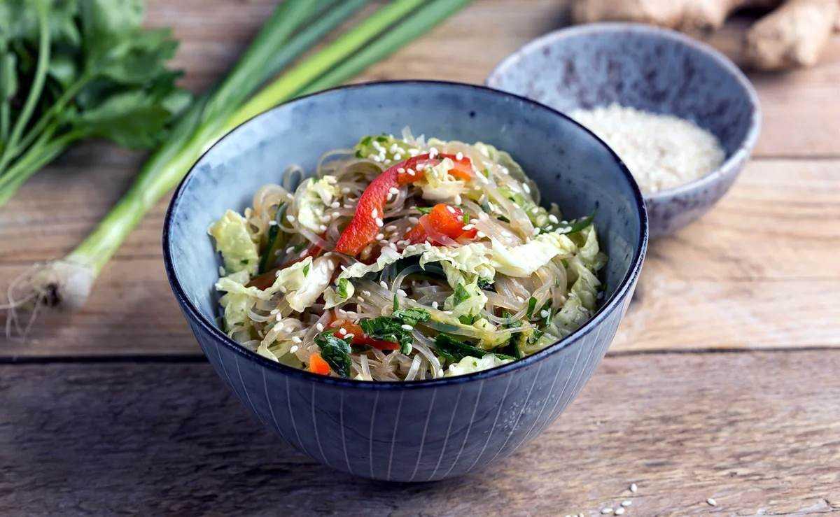 Салаты из рисовой лапши, 21 рецепт, фото-рецепты / готовим.ру