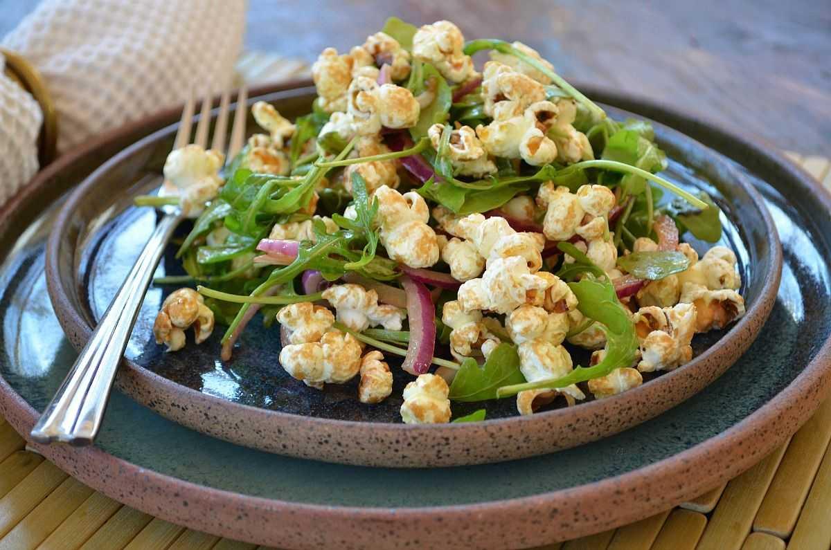 Салат с селедкой, картофелем и яйцами пошаговый рецепт