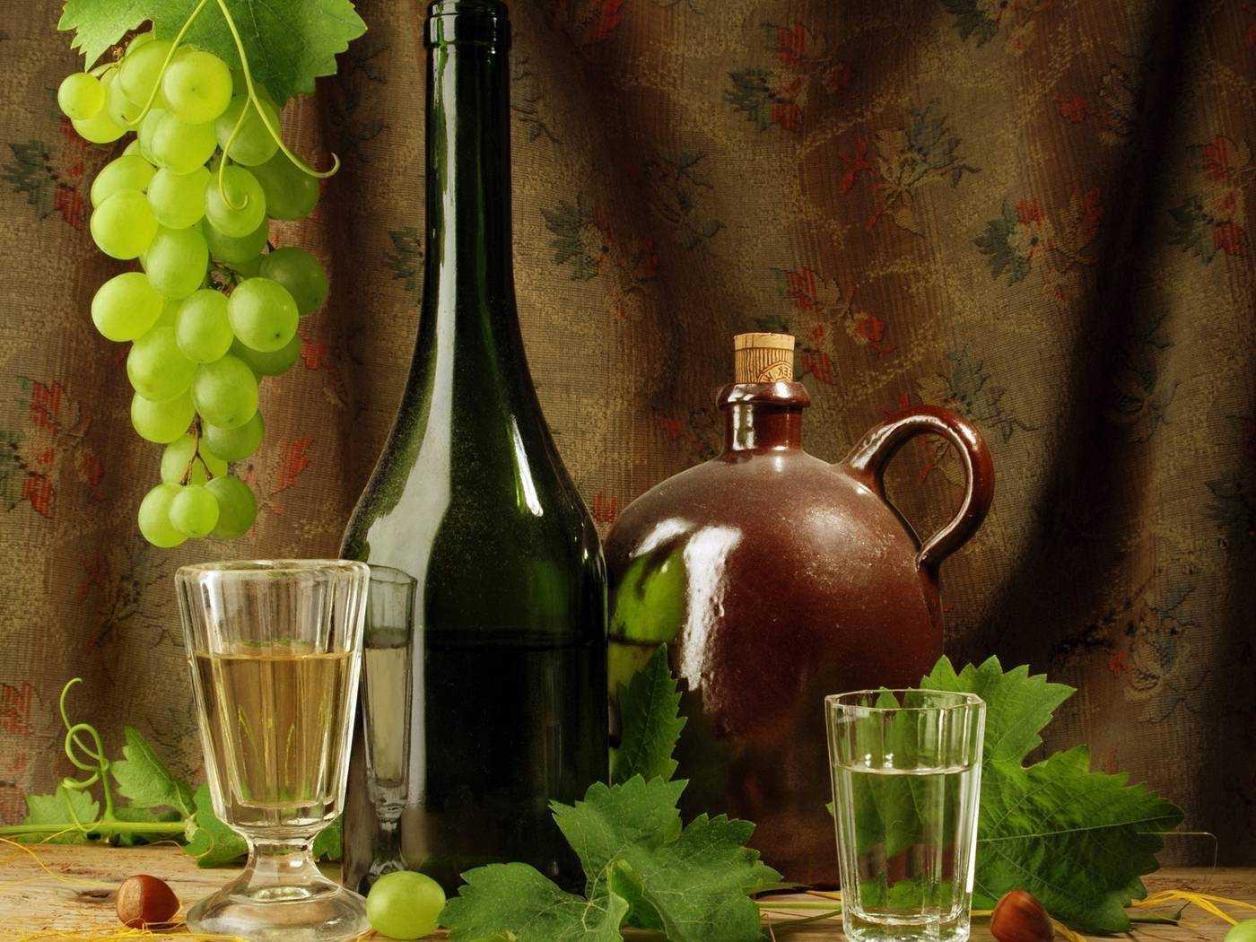 Настойки из чачи – особые виды и рецепты, домашний коньяк, особенности продукта