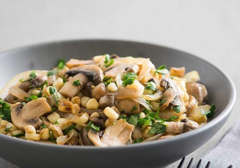 Как приготовить постный салат из свежих шампиньонов: поиск по ингредиентам, советы, отзывы, пошаговые фото, подсчет калорий, изменение порций, похожие рецепты