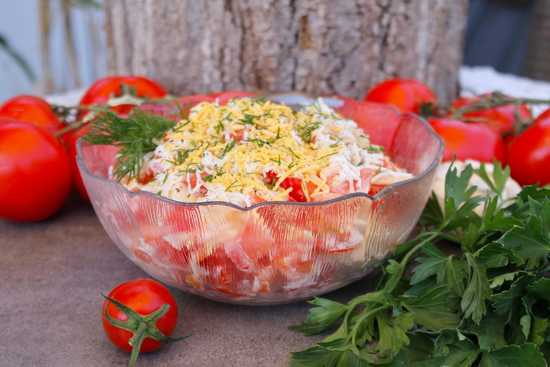 Как приготовить салат с помидорами и сыром на скорую руку: поиск по ингредиентам, советы, отзывы, пошаговые фото, подсчет калорий, изменение порций, похожие рецепты