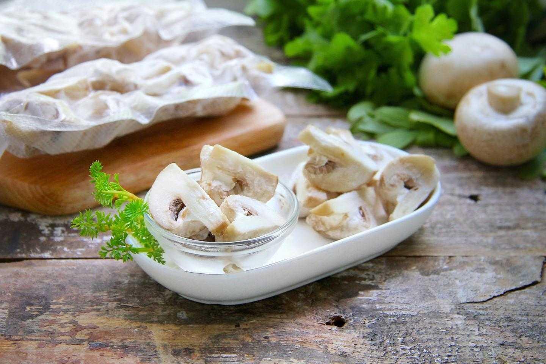 Как заморозить волнушки на зиму: правила подготовки можно ли заготавливать свежие грибы Заморозка тушеных отварных жареных и пропаренных млечников