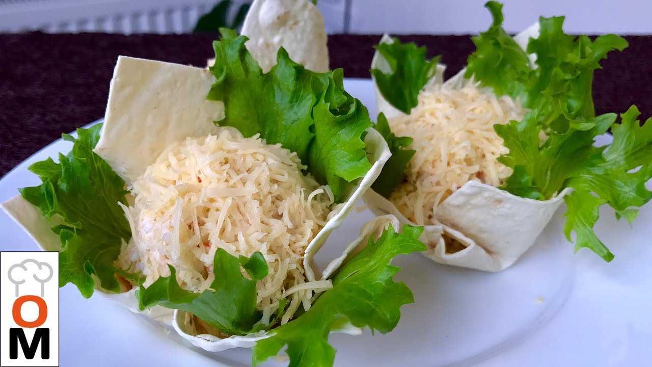 Салат с крабовыми палочками и черносливом, сочный и вкусный рецепт с фото