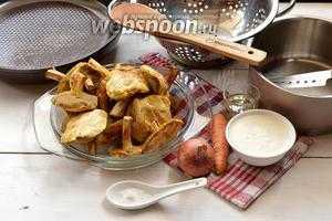 Как приготовить вешенки жареные: лучшие рецепты. как вкусно пожарить вешенки с луком, картошкой, сметаной, морковью, чесноком, в кляре: рецепты приготовления. сколько минут по времени жарить свежие и замороженные вешенки до готовности?